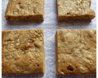Butterscotch Blondies (Box of 4 or 9 squares)