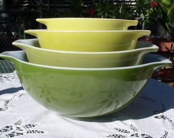 Pyrex Verde Cinderella Bowls, 441-444
