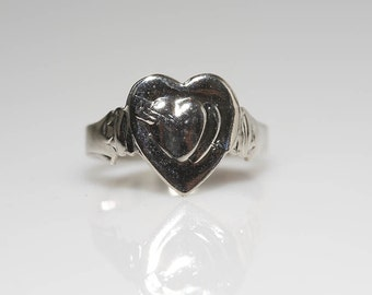 Silver Sweetheart Ring