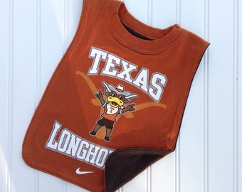 University of Texas big boy pullover bib!   Perfect gift for your little Longhorn!