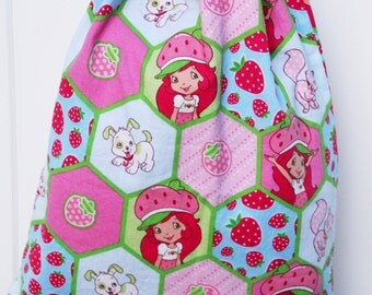 Child's Drawstring Backpack, Strawberry Shortcake, Lined Drawstring Backpack, Pink Dots Lining, White Drawstring
