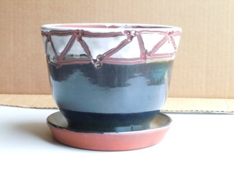 Hand Made Ceramic Pottery Plant Pot Flower Pot Planter Black and White Planter