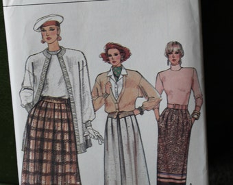 Vogue 1986 A-Line or Flared Skirt Pattern w/ Pockets & Pleat Variations sz 14 16 18 #9754