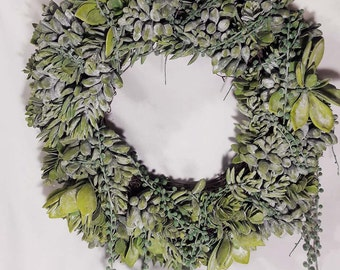 """Gorgeous 18"""" Faux Succulent Wreath - Very Realistic Looking!"""