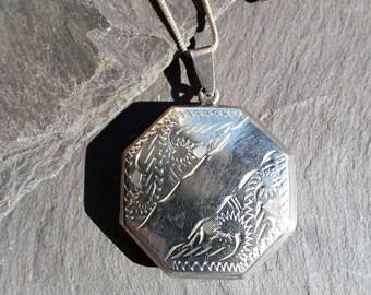 Large Sterling Silver Engraved Locket Necklace.