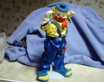Vintage One Colorful Happy Posable Clown Porcleain Doll 12 inches tall in Excellent Condition Like New