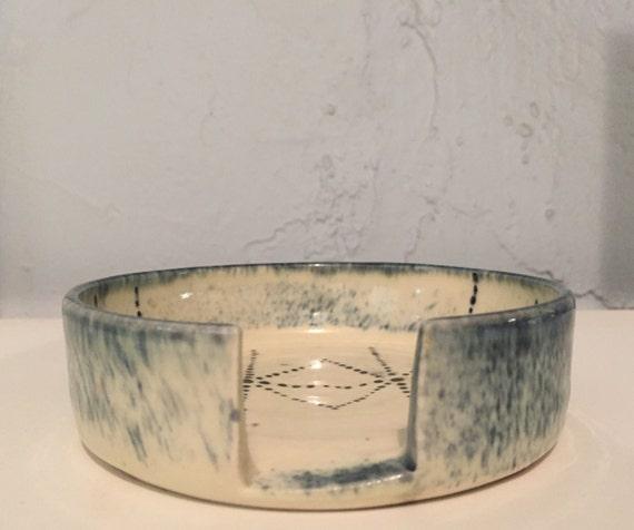 kitchen - ceramic spoonrest - white and blue - half price!