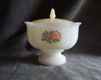 Vintage Avon White Milk Glass Potpourri / Soap Dish with Cover