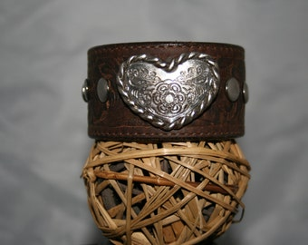 Leather cuff bracelet - heart - hand tooled - handmade - one of a kind - Cuff You by Suz