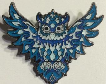 Ice owl pin LE75