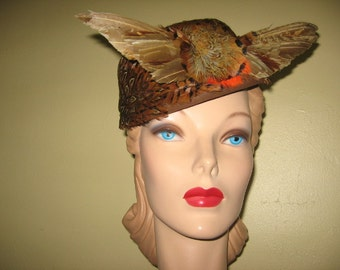 SALE! 1940's Cocoa Brown Wool Felt Feathered Toque with Wings!