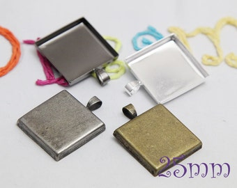 Pendant Trays - 1 inch Square Silver, Antique Bronze, Ant Silver and Gumnetal - Blank Bezel Cabochon Setting PC011