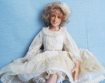 Esenia doll