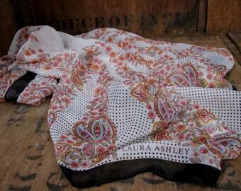 Laura Ashley Scarf - Laura Ashley Print - Floral Scarf - Vintage Scarf - Ladies Scarf - Paisley Scarf - Boho Scarf - Vintage Laura Ashley