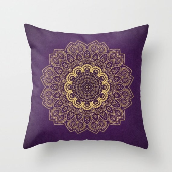 Decorative Throw Pillow different sizes to Choose From