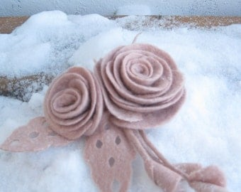 "Felted flower brooch ""Champagne pink"" Light pink brooch Pink brooch Felted jewelry Felted pin Felt brooch Wool brooch Pink flower pin"