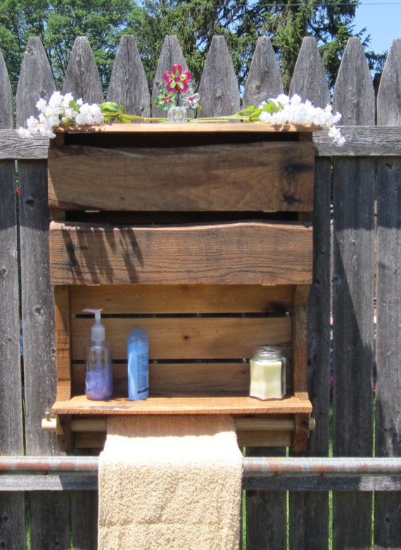 Coffret bois rustique palette r cup r palette armoire bois for Armoire palette bois