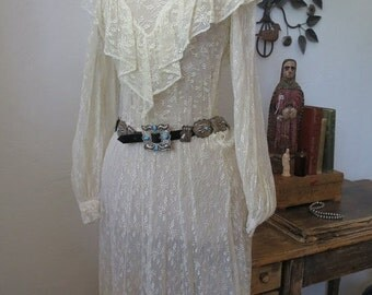 ON SALE Lace Country Dress Pioneer Woman Western Wear Wedding Dress Stevie Nicks Retro Dress Size S/M