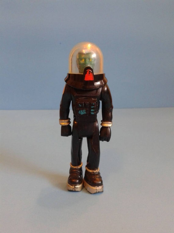 astronaut action figures of 1970 - photo #25