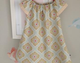 SALE Toddler Girls Dress Size 6-12 months / Tilda Peasant Dress / kids clothing / babies clothing /  6-12 months  / lace dress sleeves