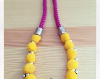 Ethnic necklace yellow Strawberry