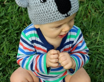 Koala bear beanie: Handmade, crocheted koala bear beanie for babies in grey and black