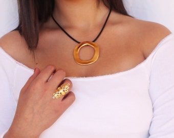 Black Leather Necklace, Leather Pendant Necklace, Leather Pendant Jewelry, Women Black Necklace, Leather and Gold, Statement Necklace Gold