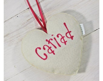 Calon Addurniadol 'Cariad' // Welsh heart 'Love' shaped decoration