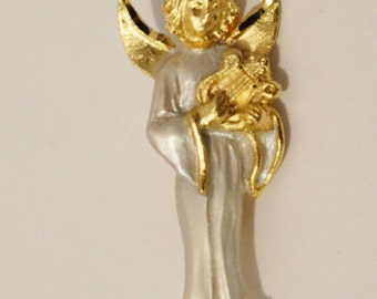Free Shipping Vintage R.R. Signed Gold Tone White Robe Angel Brooch.