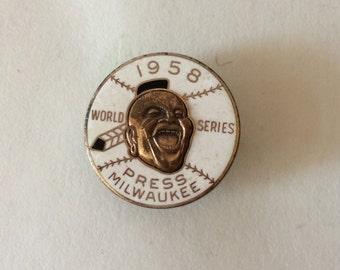 1958 World Series Press Pin Milwaukee Braves