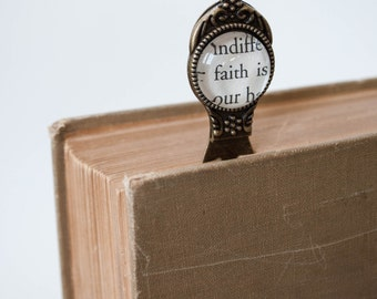 Faith Bookmark, Metal Bookmark, Book Page Bookmark, Daughter Gift, Christian Bookmark, Religious Gift, Antique Brass Bookmark, 502007