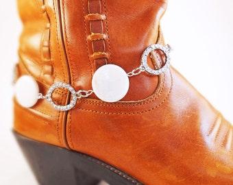 Bridal boot bracelet, Rhinestone & shell boot bracelet,  Bridal boot jewelry, Cowgirl Boot bracelet, Western boot bracelet, Cowboy bootbling