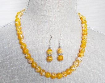 Yellow pearl necklace, yellow bridesmaid, summer wedding, bridesmaid gift, yellow jewelry set, necklace bracelet earrings, Christmas gift
