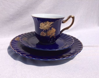 Vintage Cobalt Blue Trio Tea Cup And Saucer 3 Piece Set Beautiful Vintage Blue Gold Set Cup And Saucer