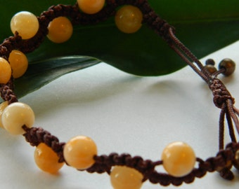 Handmade bracelet made of Jade