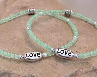 Mother-daughter bracelet set, seed bead mother-daughter set, message bead bracelet, stretch bracelet, gift for daughter, gift for mom