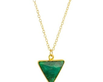 Gold Emerald Necklace, Green Triangle Necklace, Emerald Pendant Necklace, Emerald Necklace Gold, Geometric Necklace, May Birthstone Necklace