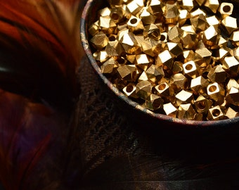 Solid brass beads. 5 mm. Lovey for macrame work. 30 pcs