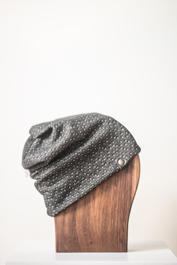 ALOUETTE - autumn hat with prints for baby and kids: boys and girls - grey with smalls whites dots