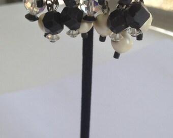 LAGUNA Black and white dangle earrings, Laguna earrings, clip on earrings, Laguna black and white dangle earrings, Laguna Earring