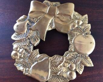 Brass Wreath Trivet-Hot Plate Holder