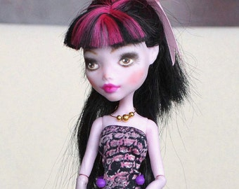 Custom Monster High Repaint doll Draculaura, ooak (with outfit)