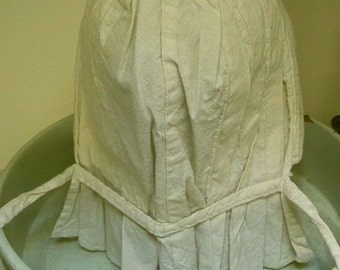Classic Antique Sun Bonnet  for small adult or teenager