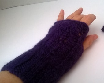 Fingerless lace mittens in hand spun, hand dyed BFL wool