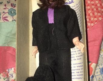 """Vintage 7"""" Amish Doll"""