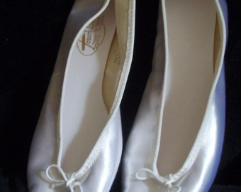 Ballet Slippers/Wedding Shoes/Dance Slippers Size 8.5