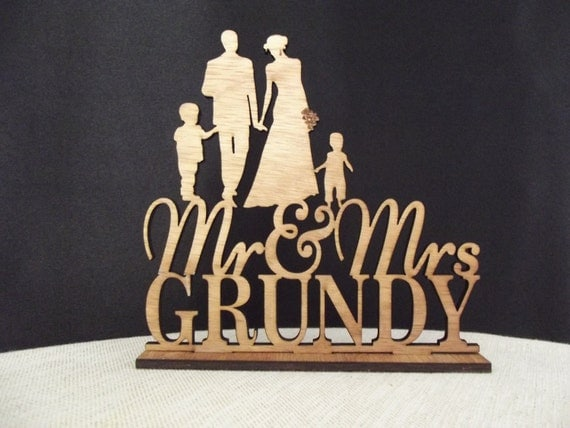 Bride And Groom Wedding Cake Topper Family Wedding Cake