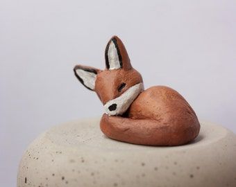 Handsculpted fox