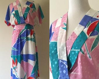Vintage 1980s Kimono-Inspired V-Neck Belted Dress