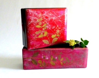 Antique Victorian boudoir lacquer boxes for hankies and gloves. 1880s